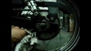 Como limpiar la cadena de una moto