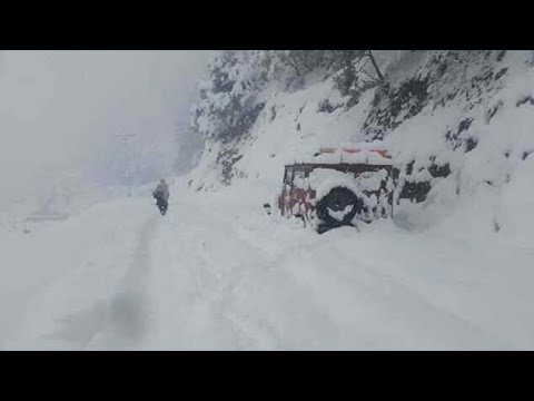 Funny Car slipping in Snow In Azad kashmir