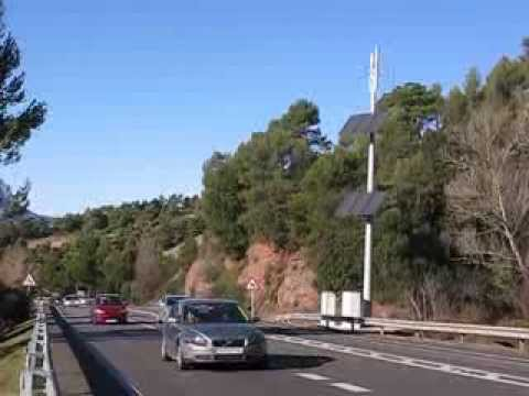 Radar alimentado con Energia 100% Renovable / 100% Renewable Energy Road Radar