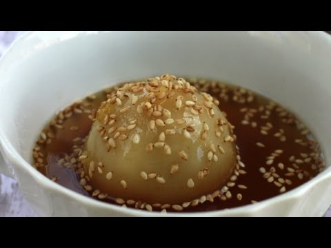 How to make Che Troi Nuoc (Sticky rice sweet dumplings, Tangyuan)