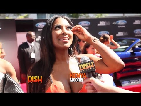 BET AWARDS 14: Kenya Moore Shades Porsha Williams! HARD! On The Red Carpet!