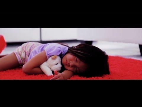Little Girl Left 4 Dead in Dead Island (Live Action Zombie Short Film Movie)
