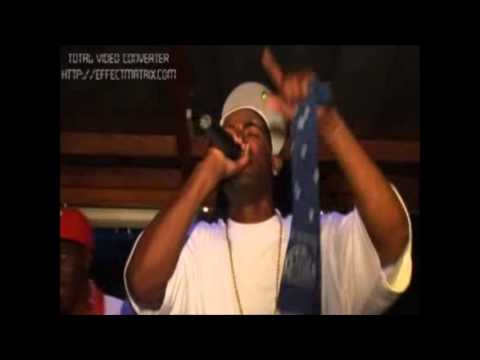 QueensBay - UNO FANTASTICO Blo Money (club performance)