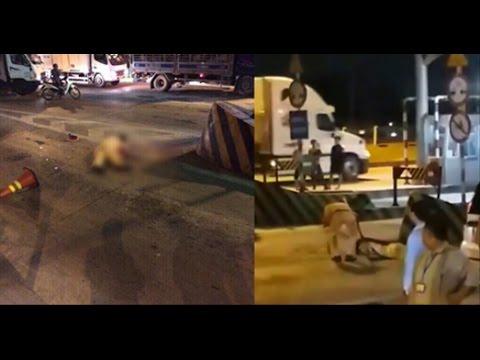 Clip đưa thi thể chiến sĩ CSGT lên xe sau vụ việc bị xe chở heo tông tử vong trên đường quốc lộ   Vi