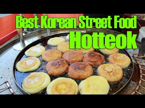 Best Korean Street Food: Hotteok in Seoul (Insadong)