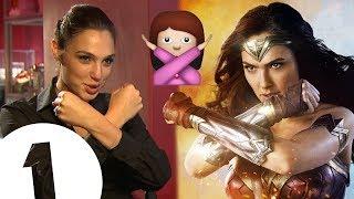 """Gal Gadot on Wonder Woman's... """"bush"""" (!?)"""
