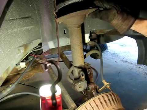Remove & Replace Rear Struts