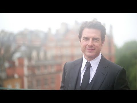 Edge of Tomorrow - Tom Cruise Kicks off Global Premiere Event [HD]