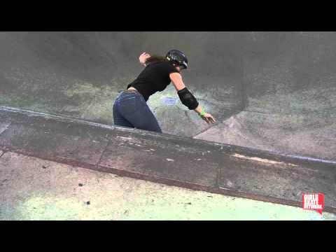 Kim Petersen - Vans Girls Combi Pool Classic 2013