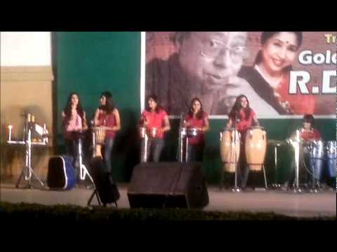 Girls playing percusion on Khatuba track.wmv