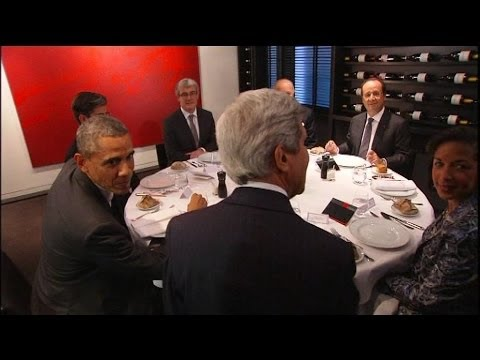 Obama dîne avec Hollande au restaurant parisien