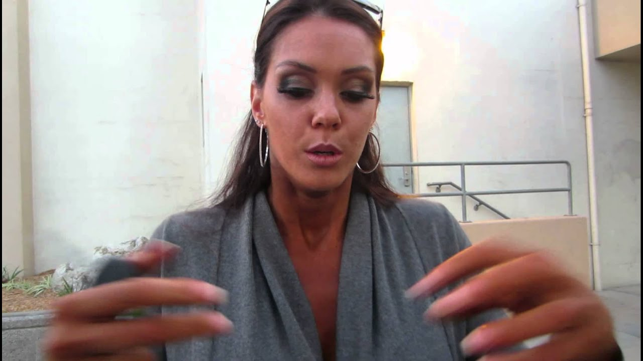 Alison Tyler at her 1st Fitness Competition - YouTube
