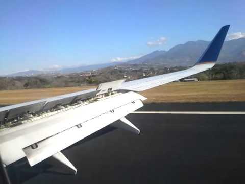 Aterrizaje en el Juan Santamaría