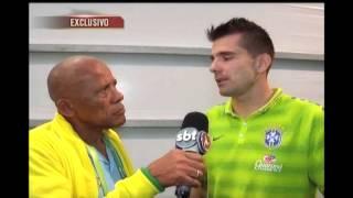 Dadá Maravilha conversou com o goleiro Victor e ele falou sobre a amizade que possui com o goleiro titular, Júlio César. Veja como foi: