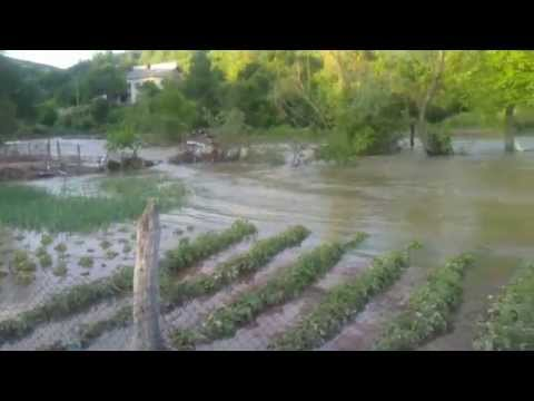 Poplave Srbija Paracin Zabrega Crnica pocistila baste. Serbia Flood.