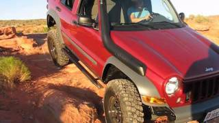 Jeep KJ Liberty in mud hole videos