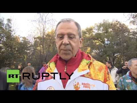 Russia: FM Lavrov carries the torch for Sochi Olympics