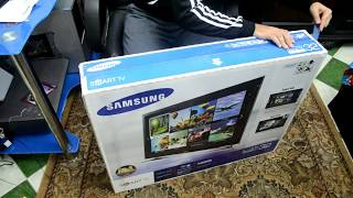 UnBoxing Samsung F4500 Series 4 Smart HD Ready LED TV