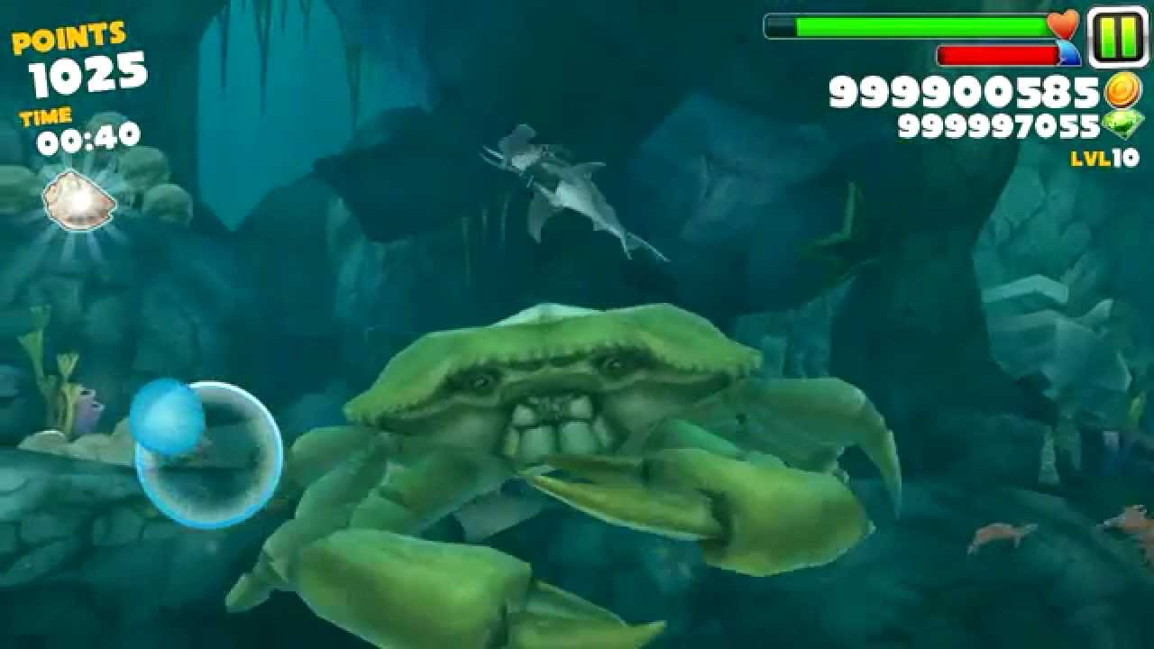 hungry shark evolution defeating giant crab with