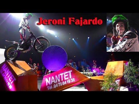 Action avec Jeroni Fajardo au trial indoor de Chambery