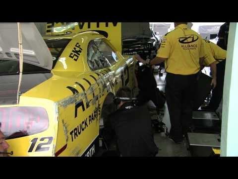 Sam Hornish Jr. Crash @ 2013 Ford 300 Practice