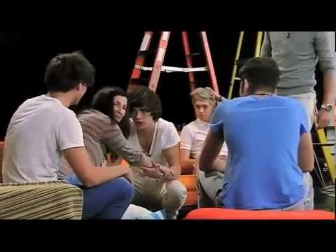 One Direction - Nickelodeon Pregnancy Prank! (Zayn and Louis prank the other members of 1D)