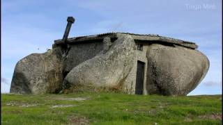 Real Life Flintstones House in Portugal..