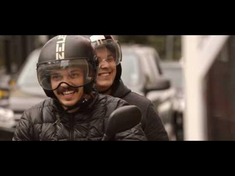 Vídeo McDonald´s Leva Drive-Thru Até Motoristas