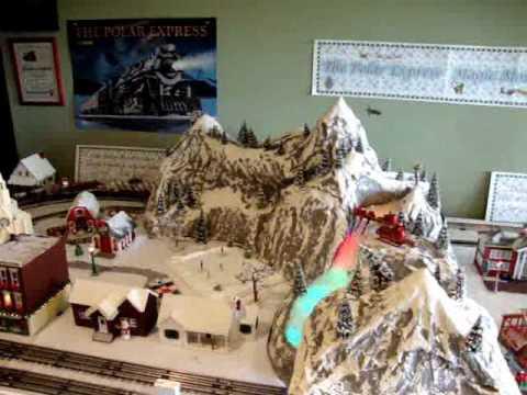 Polar Express Magic Mountain Disappearing Train Layout