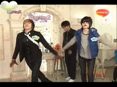 U-Kiss' Soohyun & Kiseop dancing to Rainism