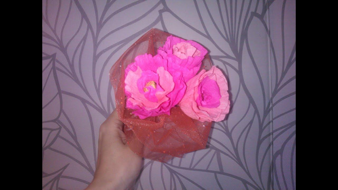 Цветы розы с конфетами из гофрированной бумаги своими руками мастер класс