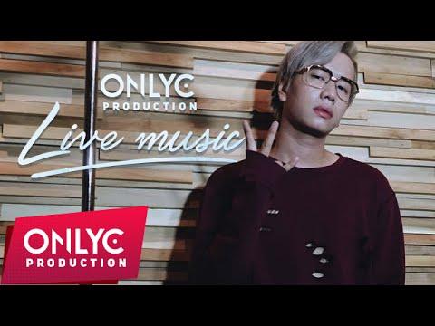 Quang Hùng - Lou Hoàng livestreaming hát tặng fans