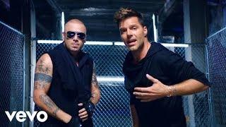 Смотреть или скачать клип Wisin ft. Ricky Martin - Que Se Sienta El Deseo