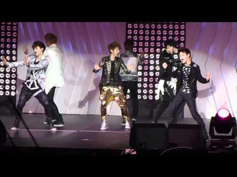 [fancam] 120520 SMTown LA EXO-M-K.Rehearsal.Mama, my rehearsal fancam of EXO-M/K for Mama for 120520 SMtown 2012 LA. Sorry security was tight during normal program so only rehearsal video.....please credit i...