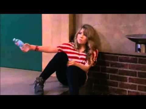 iCarly Seddie kiss - iOMG (HD)