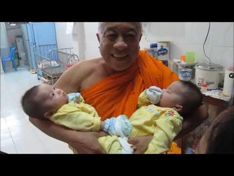Di Tham Tre Mo Coi Bi Cha Me Bo Di Tai Chua Ky Quang II-Go Vap