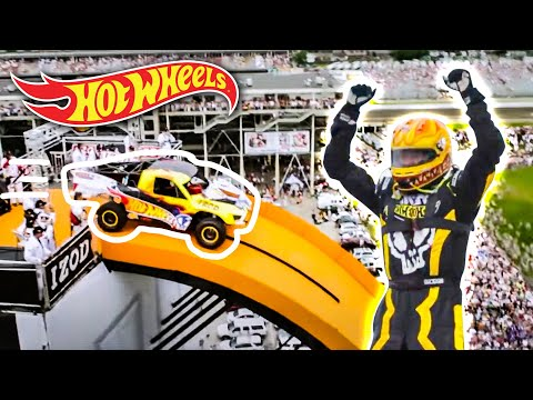 Team Hot Wheels -  The Yellow Driver's World Record Jump