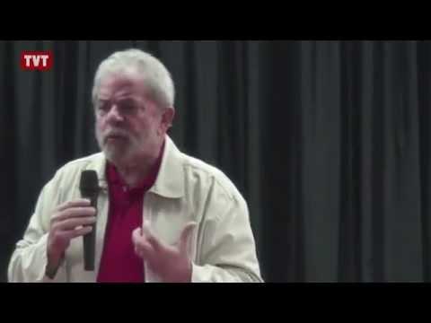 Lula: sindicatos precisam sair das fábricas e fazer política