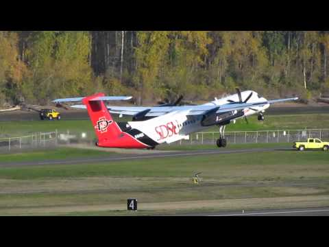 Alaska Airlines Bombardier Q400 With The San Diego State University Paint Job Takes Off From PDX On