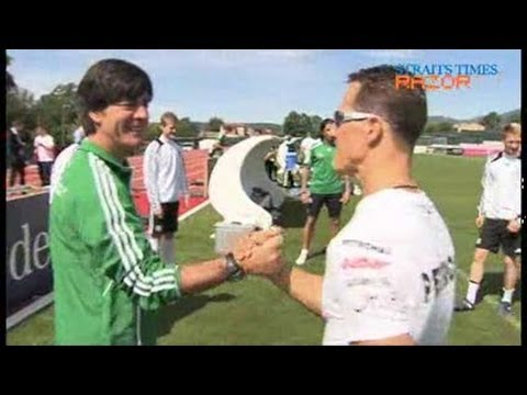 Euro 2012: Schumacher visits German team
