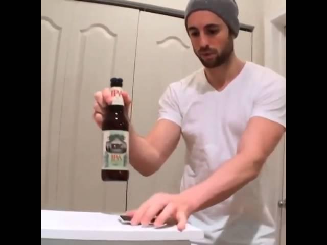 竟然可以這樣開啤酒?