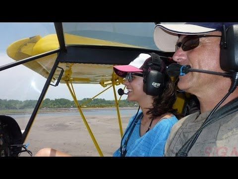 Flying with the doors off: STOL CH 750 light sport utility aircraft