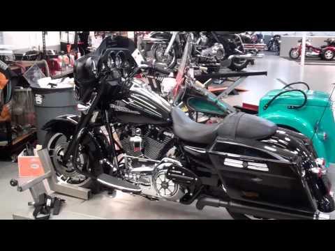 Bad Ass Bagger Street Glide Harley Davidson