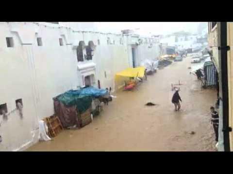 فيضانات بمدينة الفنيدق نتيجة الأمطار الغزيرة و ضعف البنية التحتية