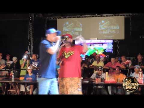 MC KAPELA E MC RUZIKA 09 12  2013 ENCONTRO DE MCS NA NITRO NIGHT