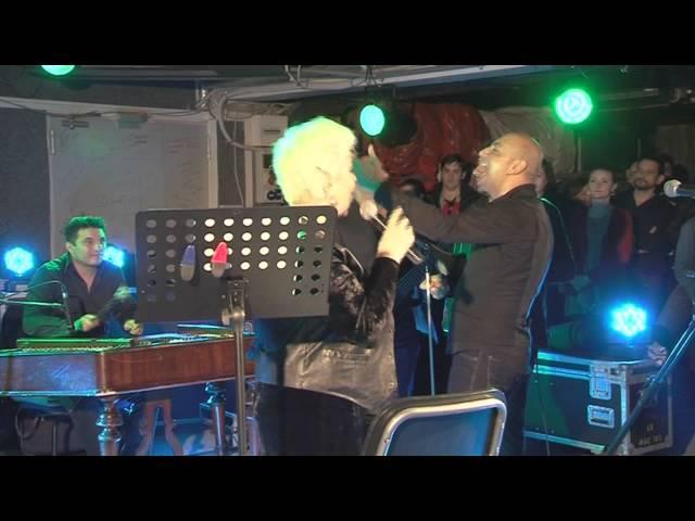 Monica Anghel & Mahala Rai Banda - Iarba verde de acasa | LIVE in Garajul Europa FM