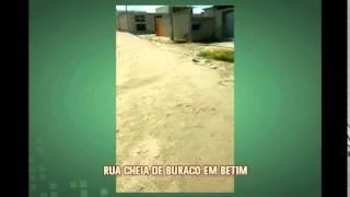 Moradora envia v�deo e mostra rua que espera por asfalto h� seis anos em Betim