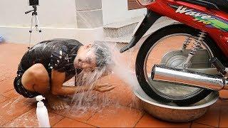 PHD | Gội Đầu Bằng Xe Máy | Shampoo By Motorcycle