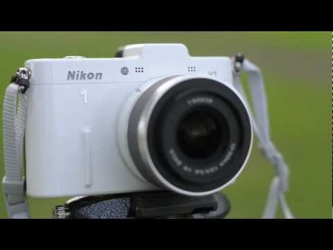 Nikon V1 vs D5100 - Part 1 - Intro, Specs and Build quality