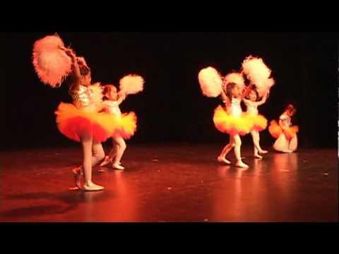 Apresentação de Dança - Baby Class - Academia Carla Lazazzera